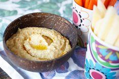 Her får du en enkel oppskrift på silkemyk hummus! Dette er jo en stor favoritt blant veggiser, men alle kan vel like hummus. Det baseres på kikerter og passer bra som pålegg eller som dip. Hummus er mye brukt i Midt-Østen/Levanten. Jeg har prøvd meg frem mye for å få til en skikkelig myk og ...read more → Norwegian Food, Vegetarian Food, Hummus, Bbq, Ice Cream, Desserts, Veggie Food, Homemade Hummus, Barbecue