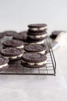 Black Cocoa Sugar Cookie Sandwiches with Cream Cheese Buttercream are the perfect 'grown-up oreo' treat! Soft, chewy black cocoa sugar cookies are paired with a smooth cream cheese frosting to make the perfect sugar cookie sandwich. Cocoa Cookies, Chocolate Sugar Cookies, Sugar Cookies Recipe, Cookie Recipes, Dessert Recipes, Oreo Treats, Cream Cheese Buttercream, Cookie Sandwiches, Tray Bakes