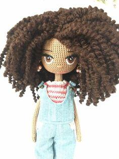Amigurumi Doll With Curls Free Pattern – Free Amigurumi Crochet Crochet Doll Pattern, Crochet Patterns Amigurumi, Amigurumi Doll, Knitted Dolls, Crochet Dolls, Crochet Hats, Custom Dolls, Cute Crochet, Doll Patterns