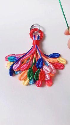 Diy Crafts Hacks, Diy Crafts Jewelry, Diy Crafts For Gifts, Bracelet Crafts, Diy Bracelets Patterns, Diy Bracelets Easy, String Crafts, Jute Crafts, Macrame Patterns