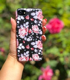 Brightening your day ☀️ Blush Rose Case for iPhone X, iPhone 8 Plus / 7 Plus & iPhone 8 / 7 from Elemental Cases #blushrose #elementalcases #iPhoneX #iphone8 #iphone8plus #iphone7 #iphone7plus