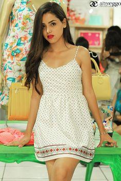 Dulce y tierna con este modelo... #Vestidos #Moda #Cortos #Estampados