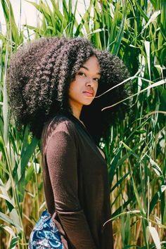 Los ❤ peinados afro ❤ desde que existen siempre ha acaparado todas las miradas allá por dónde van. Igual de llamativos que de volumen tienen y tan modernos.