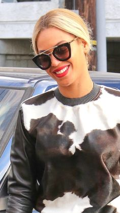 Beyonce and Jayz at Crossroads for vegan lunch in Las Vegas (Dec. 6, 2013)