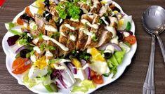 Sałatka nicejska z indykiem Chimichanga, Blog, Cobb Salad, Tacos, Ethnic Recipes, Fitness, Diet, Kaftan, Flax Seed Crackers