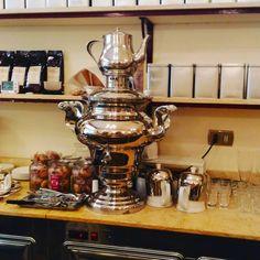 """Roma Pra Você (@romapravoce) su Instagram: """"Pausa para um café em um lugar charmosinho em BO: Caffè Terzi. Vários blends de café e chás."""""""