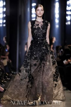 *gasp* Elie Saab @ Paris Haute Couture S/S 2013 Haute Couture Paris, Elie Saab Couture, Live Fashion, Fashion Show, Bella Bridal, Elie Saab Spring, Beautiful Gowns, Evening Gowns, Runway Fashion