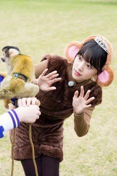 (画像3/4) 堀未央奈(C)「NOGIBINGO!10」製作委員会 - 【乃木坂46「NOGIBINGO!10×モデルプレス」連載Vol.8】堀未央奈、片思い相手と念願の対面 岩本蓮加・中田花奈・渡辺みり愛もはしゃぐ<ロケ感想&番組見どころ紹介> Lamb, Like4like, Witch, Cute, Animals, Asian Beauty, Photography, Asian, Animales