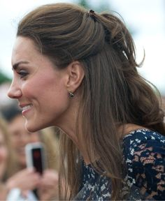 Google Image Result for http://www.glamour.com/beauty/blogs/girls-in-the-beauty-department/2011/07/03/0705-kate_middleton_updo_3_bd.jpg