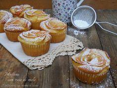 Muffins con rose di mele - Un dolce piccolo, soffice soffice e delicato, con una rosellina di mele al suo interno. Bello da vedere e buono da mangiare.
