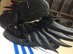 Women And Men Adidas Jeremy Scott Wings Lovers Shoes All Black Adidas Jeremy Scott Wings, All Black Nikes, Shoes 2015, New Balance Shoes, Shoes Outlet, Shoe Sale, Nike Air Max, Nike Shoes, Running Shoes