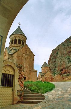 Noravank Monastery in Armenia: Beautiful Places To Visit, Cool Places To Visit, Places To Go, Armenia Travel, Armenia Azerbaijan, Armenian Culture, Old Churches, Vacation Places, Kirchen