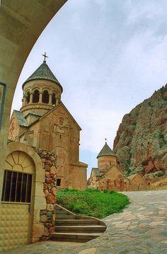 Noravank Monastery in Armenia: Beautiful Places To Visit, Cool Places To Visit, Places To Go, Armenia Travel, Armenia Azerbaijan, Armenian Culture, Old Churches, Vacation Places, Eastern Europe