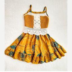 """98 Beğenme, 2 Yorum - Instagram'da @nur_crochet: """"Merhaba 🍁🍁🍁 .. . . Kızımın kısa gelen tulumunu elbiseye çevirdim biraz da böyle giysin ☺️🌾🌻…"""" Tulum, Summer Dresses, Crochet, Instagram, Fashion, Moda, Summer Sundresses, Fashion Styles, Ganchillo"""