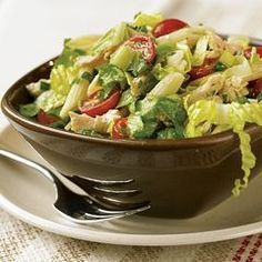 While this Caesar Chicken-Pasta Salad can be enjoyed the way it is, you can include or substitute different kinds of chicken, turkey, cheese salad dressing, or herbs. Chicken Ceasar Pasta Salad, Chicken Pasta Salad Recipes, Caesar Pasta Salads, Caesar Salad, Recipe Chicken, Salad Bar, Soup And Salad, Pesto Vegan, Main Dish Salads