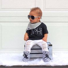 Love over hate - anti-bullying kids and baby graphic tee / Little Beans Clothing. Hipster baby, baby boy clothes, toddler fashion