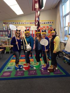 Pete the Cat Kindergarten team costumes: Magic Sunglasses, School Shoes, I Love My White Shoes, Groovy Buttons