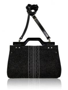 Plstěna vyšívaná taška (odepínací popruh) SOTE Gym Bag, Bags, Fashion, Handbags, Moda, Fashion Styles, Duffle Bags, Totes, Lv Bags