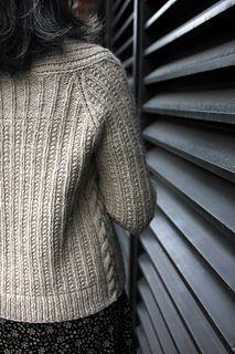 Sweater Knitting Patterns, Cardigan Pattern, Knitting Stitches, Knitting Yarn, Knit Patterns, Free Knitting, Knit Cardigan, Knitting Ideas, Dress Gloves