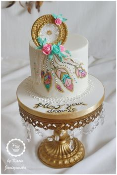 THE 1 Collaboration by Planet Cakes cake decorating ideas