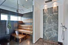 shower and sauna Man Cave Homes, Finnish Sauna, Sauna Room, Bathroom Toilets, Bathrooms, Apartment Interior, Dream Rooms, Minimalist Design, Home Interior Design