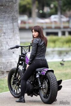 30b69dbf7 The best mix Female Motorcycle Riders, Motorcycle Bike, Lady Biker, Biker  Girl,