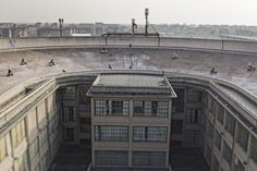 The Rooftop Racetrack of Fiat's Lingotto Factory | Amusing Planet