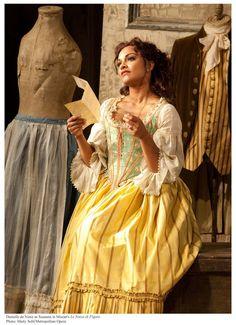 Metropolitan Opera- Le Nozze de Figaro. Danielle de Niese--phenomenal. Does a wonderful job as Rosina