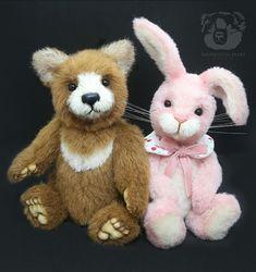 Maxi and Peony by Wayneston Bears #waynestonbears #waynestonstudios #teddybear #artistbear #bearartist #sewing #rabbit #bunny #peterrabbit #brownbear
