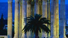 Templu lui Zeus, Atena, #Grecia  23 de poze cu cele mai frumoase biserici si temple din lume.  Vezi mai multe poze pe www.ghiduri-turistice.info  Sursa : www.pinterest.com/pin/17451517276174045/