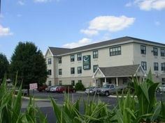 Hanover Park (IL) Extended Stay America - Chicago - Hanover Park United States, North America Extended Stay America - Chicago - Hanover Park is conveniently located in the popular Hanover Park area. The property features a wide range of facilities to make your stay a pleasant experience. Service-minded staff will welcome and guide you at the Extended Stay America - Chicago - Hanover Park. Guestrooms are fitted with all the amenities you need for a good night's sleep. In some o...