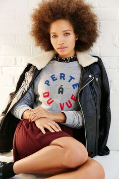 Truly Madly Deeply Du Vue Sweatshirt - Urban Outfitters
