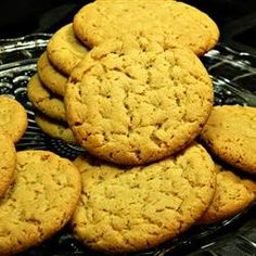 """Cashew Butter Cookies   """"Yummy alternative to peanut butter cookies for those with peanut allergies!"""""""