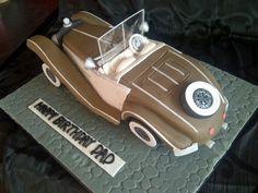 Classic Car Cake - Cake by Sensational Sugar Art by Sarah Lou