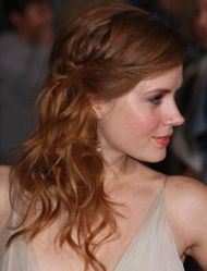 wedding hair - so pretty with the tiny plaits
