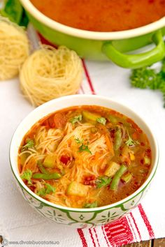 Fall Vegetable Soup with noodles. (in Romanian) Sicilian Recipes, Turkish Recipes, Greek Recipes, Soup Recipes, Cooking Recipes, Healthy Recipes, Ethnic Recipes, Healthy Food, Vegetable Noodle Soup