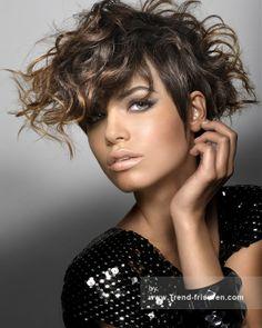 ROYSTON BLYTHE Braun Weiblich Mittel Curly gewellte Farbige Multi-tonalen Frauen Frisuren hairstyles