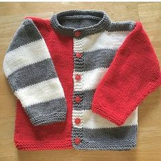 Super ideas for knitting baby patterns sweater tricot Baby Boy Knitting Patterns, Baby Cardigan Knitting Pattern, Crochet Baby Cardigan, Knit Baby Sweaters, Knitted Baby Clothes, Boys Sweaters, Knitting For Kids, Baby Patterns, Knitting Sweaters