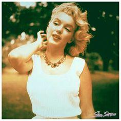 Marilyn Monroe by Sam Shaw