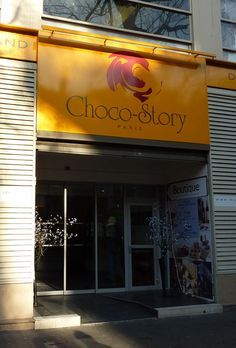 Choco-Story is a private chocolate museum that opened in Paris in February 2010. We toured the museum with an English-speaking guide and learned a lot about the history of chocolate.  http://www.discoverparis.net/newsletter/Tasting-Ganaches-Made-from-Venezuelan-Chocolate.html