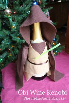 Obi Wine Kenobi {The Reluctant Hippie} Star Wars starwars obiwan obi wine wine hostess gift