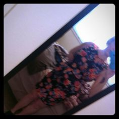 Forever 21 dress Fitted. Size medium navy blue with light blue and pink flowers. Zip up back. Forever 21 Dresses Midi