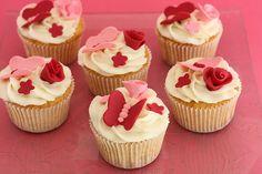 Vanilla Cupcakes by BakeFresh, via Flickr