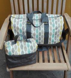 Le sac Boston (Sacotin) et le naity assorti pour maman.