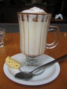 A Submarino (Argentine Hot Chocolate)