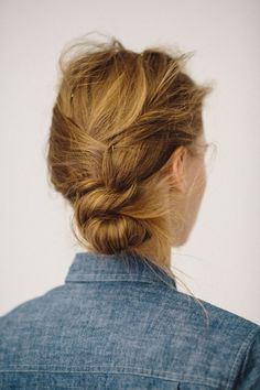 Hairdressing Advice That Will Keep Your Hair Looking Great. Are you affected by constant bad hair days? Do you feel as if you have tried everything possible to get manageable hair? Do not stress about your hair, rea Good Hair Day, Great Hair, Up Hairstyles, Pretty Hairstyles, Short Hair Ponytail Hairstyles, Interview Hairstyles, Natural Hairstyles, Braided Hairstyles, Wedding Hairstyles