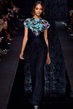Show Review: Diane von Furstenberg Fall 2015 - The Fashion Bomb Blog. Simple maxi with a color pop at the top