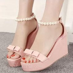 Lovely Bowknot Beadings Wedge Sandals