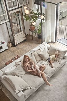 Most Beautiful Living Room Ideas 2019 To Inspire You livingroomideas livingroomideasdecor liv&; Most Beautiful Living Room Ideas 2019 To Inspire You livingroomideas livingroomideasdecor liv&; Franklin Ponce Architecture Most Beautiful […] Room sofa Sofa Design, Living Room Ideas 2019, House Interior, Cozy Living, Couches Living, Couches Living Room Comfy, Interior Design Living Room, Living Design, Big Sofas