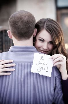 She said yes! Now let SimpleRegistry help you do the rest!